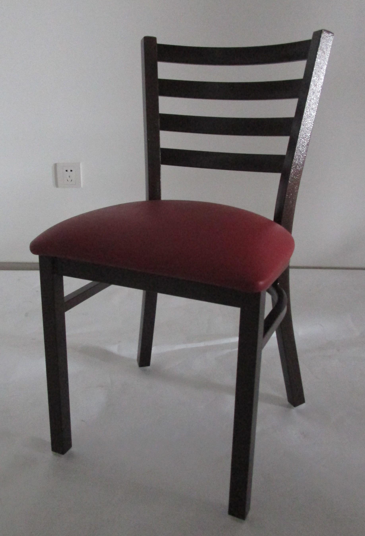 Sillas y mesas para su restaurante master chef for Todo mesas y sillas